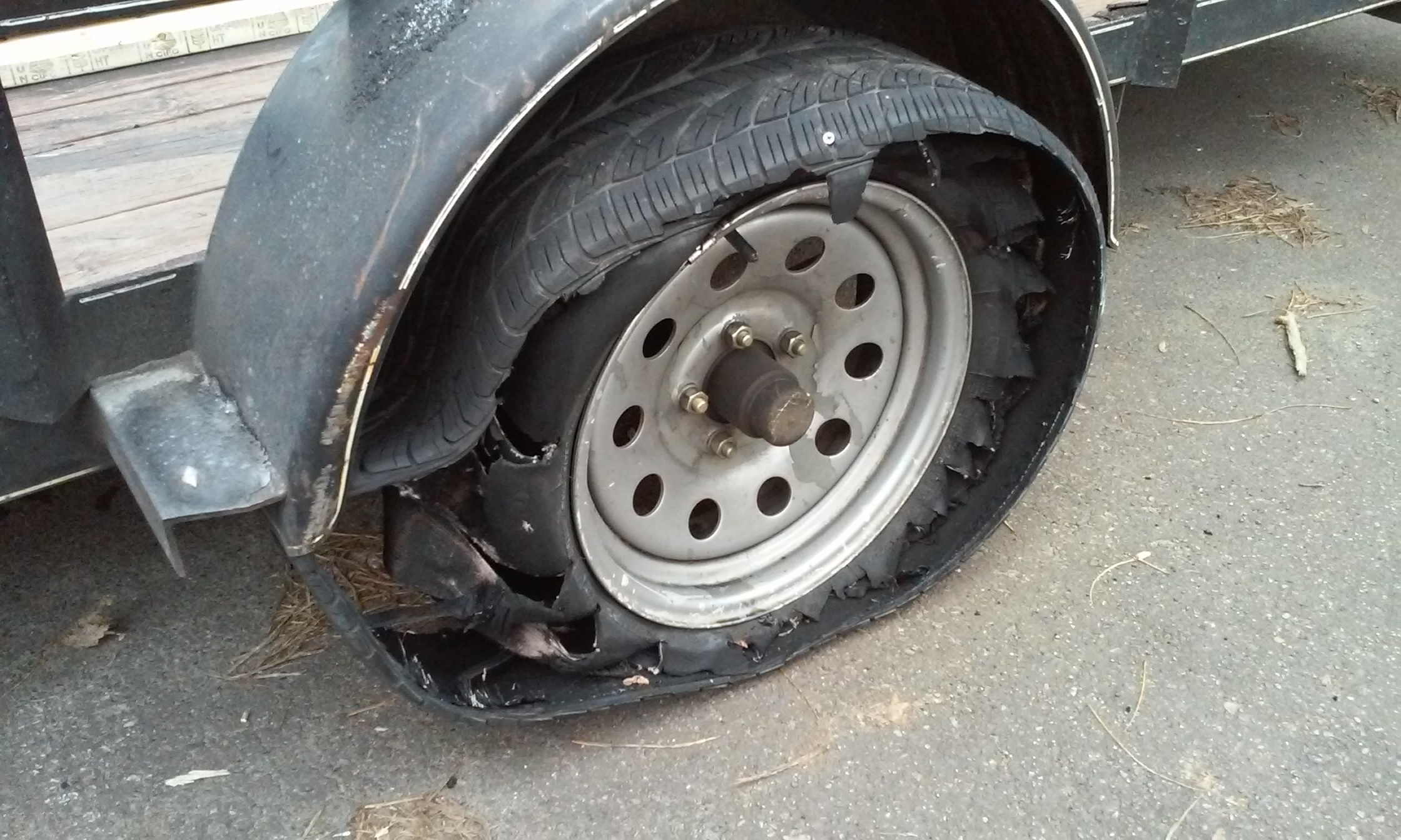 Photos | New Invention: The Detroit Safety Tire